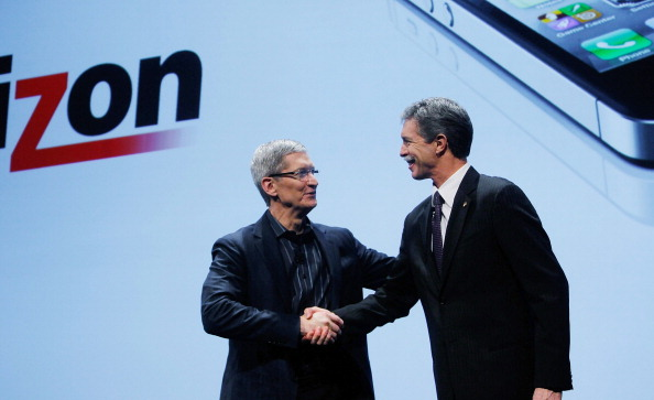 COO「Apple iPhone Becomes Available Through Verizon Wireless」:写真・画像(11)[壁紙.com]
