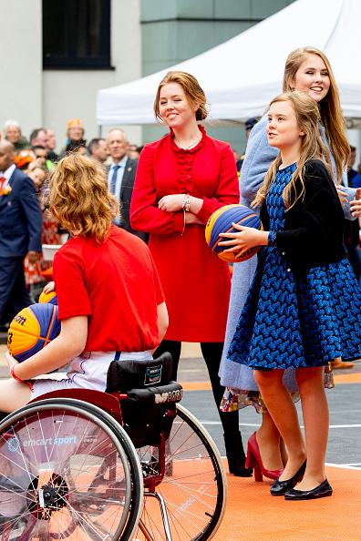 Utrecht「The Dutch Royal Family Attend King's Day In Amersfoort」:写真・画像(17)[壁紙.com]
