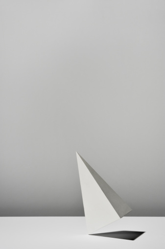 Pyramid Shape「White Triangular pyramid on white background」:スマホ壁紙(15)