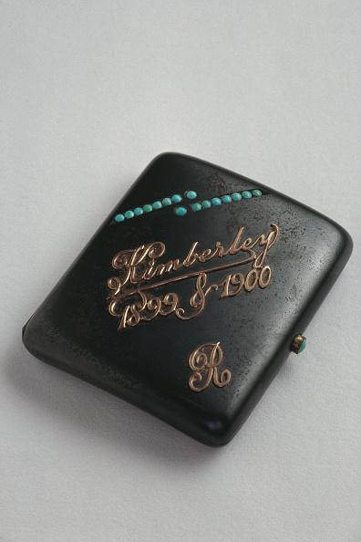 Single Object「Rhodes Cigarette Case」:写真・画像(17)[壁紙.com]