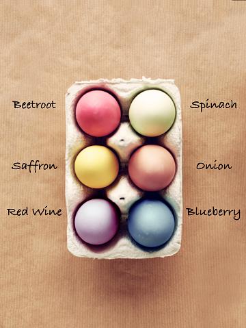 野菜・フルーツ「Homemade dyed Easter eggs with six organic colors. Debica, Poland」:スマホ壁紙(19)