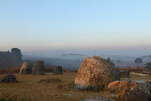 UNESCO「Ancient and famous Plain of Jars in Laos」:スマホ壁紙(15)