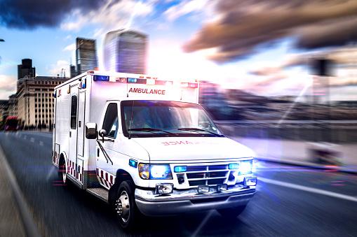 Emergency Services Occupation「Emergency in downtown London」:スマホ壁紙(4)