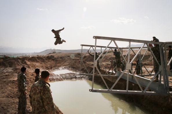 Portability「Navy Seabees Train Afghan National Army」:写真・画像(6)[壁紙.com]