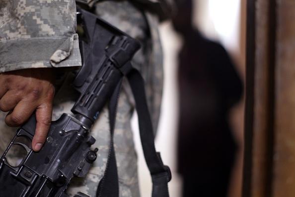 Baghdad「U.S. Army Patrols Baghdad Neighborhoods」:写真・画像(3)[壁紙.com]