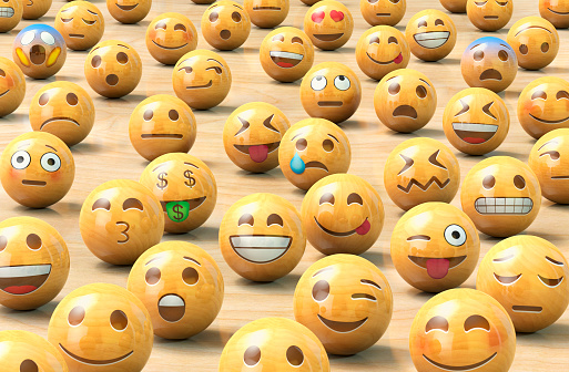 Anthropomorphic「A crowd of wooden emoticon or Emoji face balls」:スマホ壁紙(4)