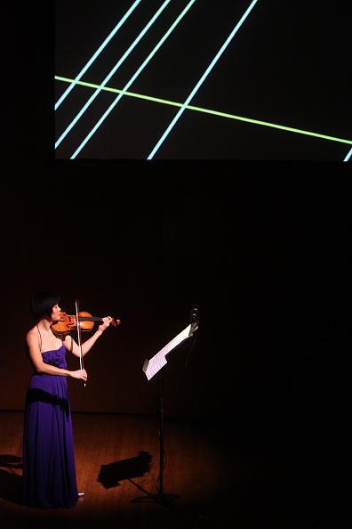 Violinist「Jennifer Koh」:写真・画像(3)[壁紙.com]