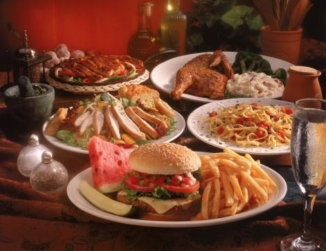 Salad「Main dishes spread on table」:スマホ壁紙(4)