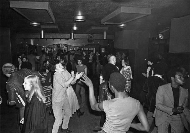 London Disco Dancers:ニュース(壁紙.com)
