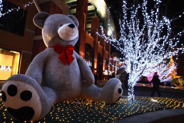 Christmas Decoration「Beijing Prepares To Celebrate Christmas」:写真・画像(16)[壁紙.com]