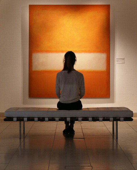 Looking「Christie's Contemporary Art Sale」:写真・画像(14)[壁紙.com]