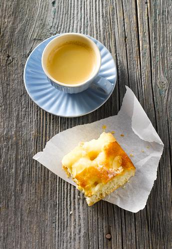Coffee Break「Cup of espresso and butter cake」:スマホ壁紙(14)