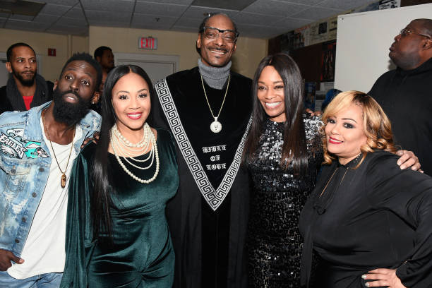 Small Group Of People「BET Presents 19th Annual Super Bowl Gospel Celebration - Backstage & Audience」:写真・画像(1)[壁紙.com]