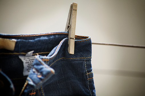 Casual Clothing「Blue Jeans on Clothes Line Detail」:スマホ壁紙(4)