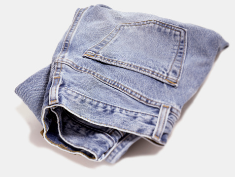 Cotton Mill「blue jeans cut out on white」:スマホ壁紙(16)