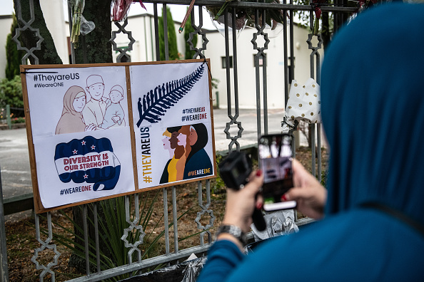 写真「Christchurch Mourns After Worst Mass Shooting In New Zealand's History」:写真・画像(2)[壁紙.com]