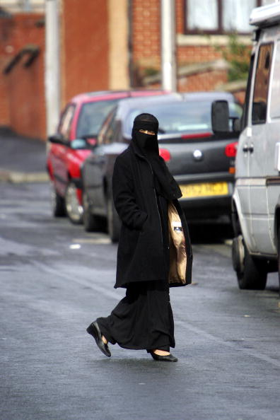 Nikab「Muslim Anger At Ministers Call To Lift Veil」:写真・画像(6)[壁紙.com]