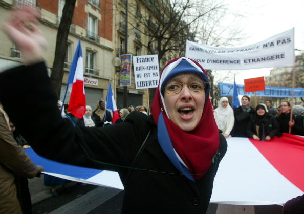 France「Muslims Rally Against France's Ban On Religious Headscarves 」:写真・画像(18)[壁紙.com]