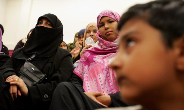 Veil「Muslim Women Gather To Discuss Veil Controversy」:写真・画像(18)[壁紙.com]