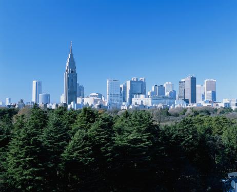 Shinjuku Ward「Japan, Nishi-Shinjuku Ward, city skyline, Mar 2004」:スマホ壁紙(14)
