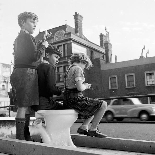 Toilet「Toilet Spotting」:写真・画像(18)[壁紙.com]