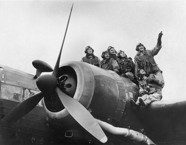 Explosive「Polish Airmen」:写真・画像(18)[壁紙.com]