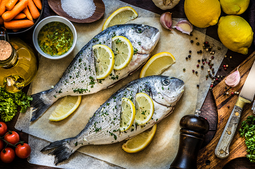 Sea Bream「Cooking fish meat with lemon, parsley and garlic」:スマホ壁紙(11)
