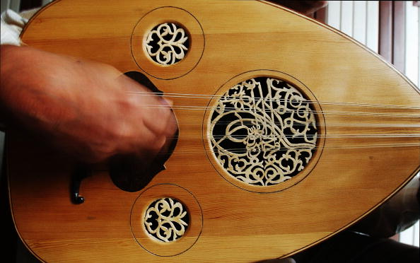 Musical instrument「Lute Maker Finds Harmony Amid Iraq?s Unrest」:写真・画像(4)[壁紙.com]