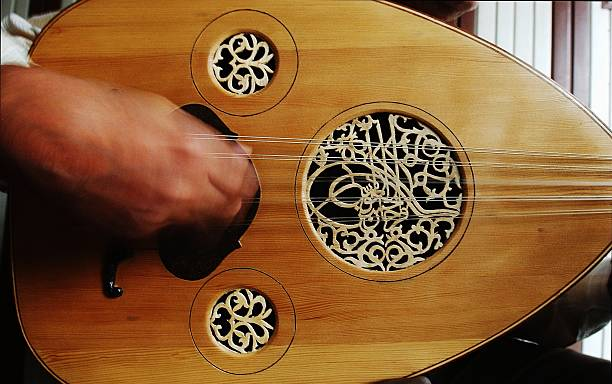 Lute Maker Finds Harmony Amid Iraq?s Unrest:ニュース(壁紙.com)