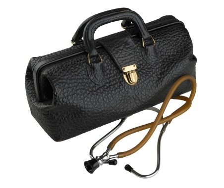 Doctor「Doctor bag and stethoscope」:スマホ壁紙(15)