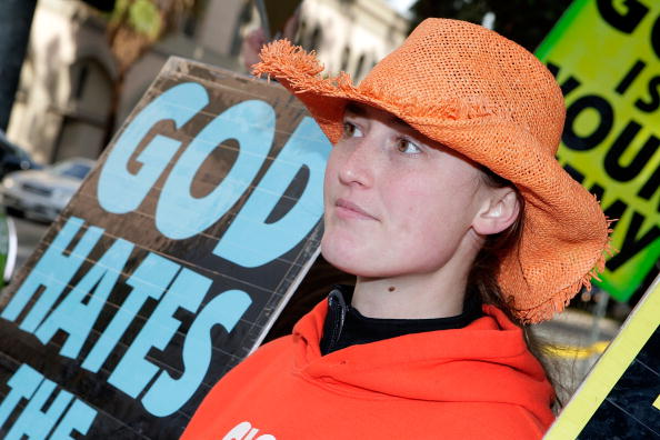 WBC「WBC Protests SAG Awards」:写真・画像(9)[壁紙.com]