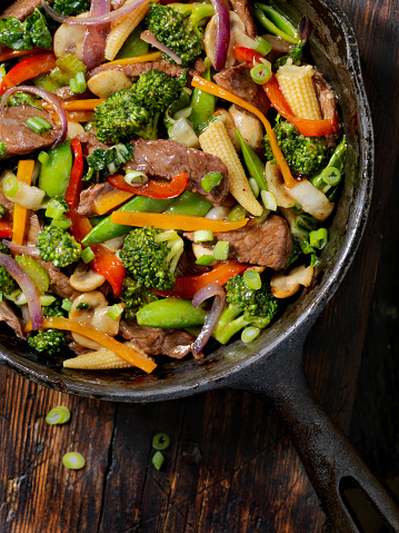 Bean Sprout「Beef and Broccoli Stir Fry」:スマホ壁紙(3)
