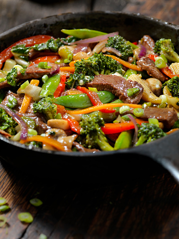 Baby Corn「Beef and Broccoli Stir Fry」:スマホ壁紙(12)