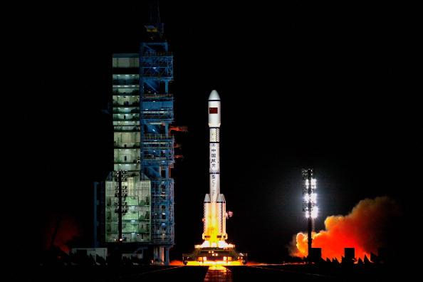 Space Exploration「China Launches Its First Space Laboratory Module Tiangong-1」:写真・画像(11)[壁紙.com]