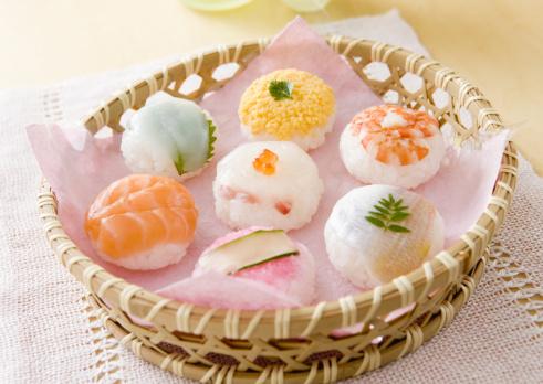 ひな祭り「Temari sushi」:スマホ壁紙(0)