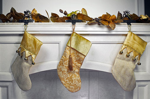 Bell「Stockings on Mantle」:スマホ壁紙(7)