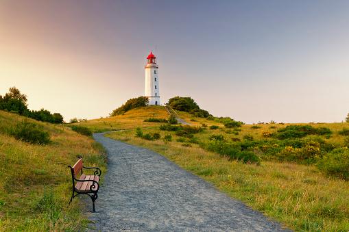 Baltic Sea「Germany, Hiddensee, Dornbusch lighthouse on the Schluckswiek at twilight」:スマホ壁紙(2)