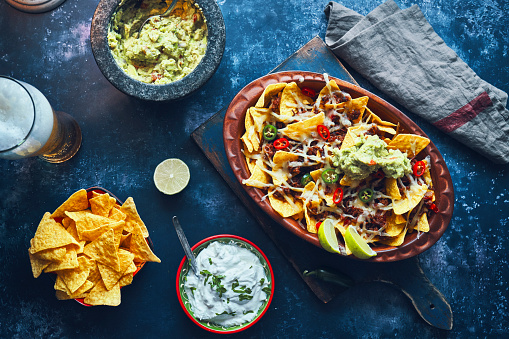 Sour Cream「Nachos with Minced Meat, Hot Salsa and Guacamole」:スマホ壁紙(14)