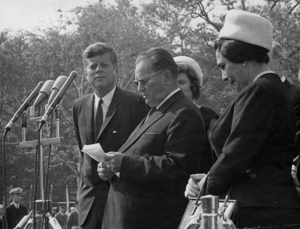 Serious「Tito And JFK」:写真・画像(9)[壁紙.com]