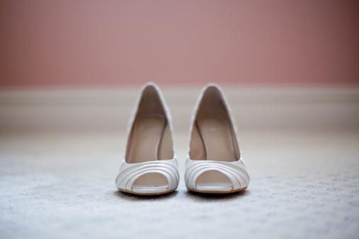結婚「Brides shoes」:スマホ壁紙(12)
