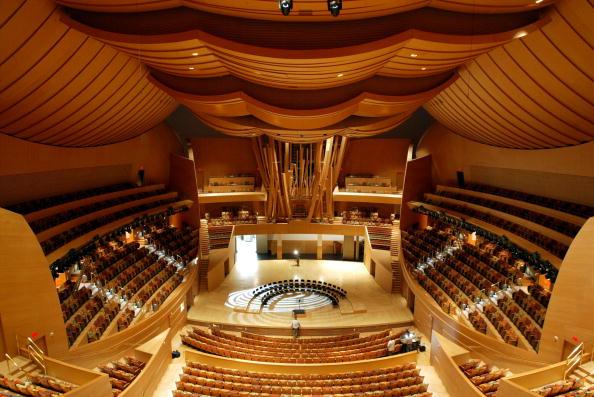 Disney「Disney Concert Hall Dedicated in Los Angeles」:写真・画像(2)[壁紙.com]