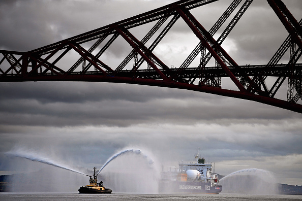 Shale「First US Shale Gas Arrives In The UK」:写真・画像(9)[壁紙.com]