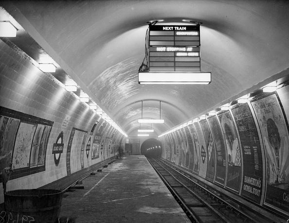 No People「Tube Station」:写真・画像(8)[壁紙.com]
