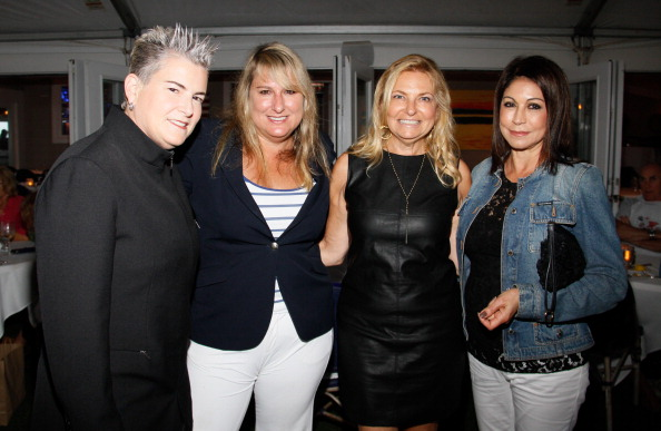 Publisher「Hamptons Magazine Celebrates A Ladies Night Out Hosted By Publisher Debra Halpert」:写真・画像(12)[壁紙.com]