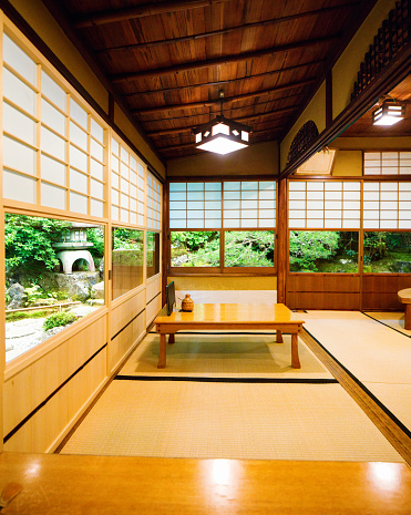 Japanese Garden「Japanese restaurant dining room corner with windows to garden」:スマホ壁紙(14)