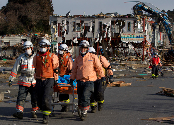 Japan「Rescue Work Continues in Japan As Nuclear Threat Looms」:写真・画像(15)[壁紙.com]