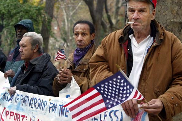 Homelessness「Veterans Day Wreath Ceremony in NYC」:写真・画像(7)[壁紙.com]