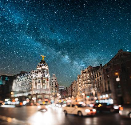 Town Square「Madrid at night - Gran Via」:スマホ壁紙(8)