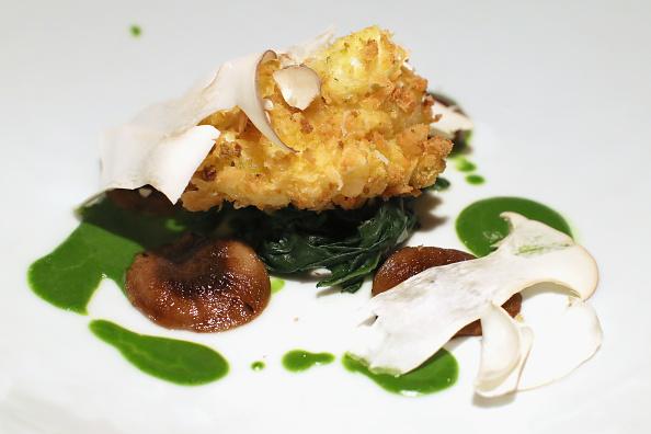 """Poached Food「Portrait Of A Chef: Herbert Hintner Of """"Zur Rose"""" Restaurant」:写真・画像(5)[壁紙.com]"""