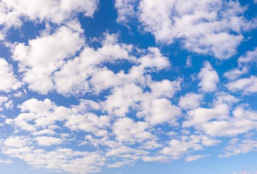 雲「青い空白い雲 XXL 133 万画素」:スマホ壁紙(14)